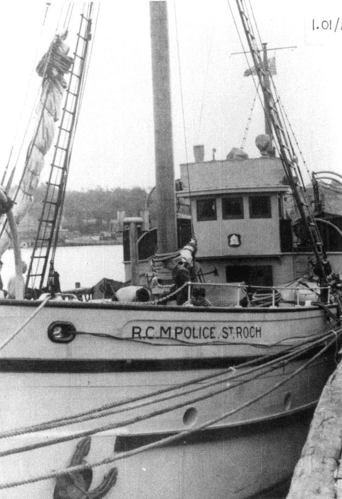 Halifax, 1944. Item number: HSDO-40-15.
