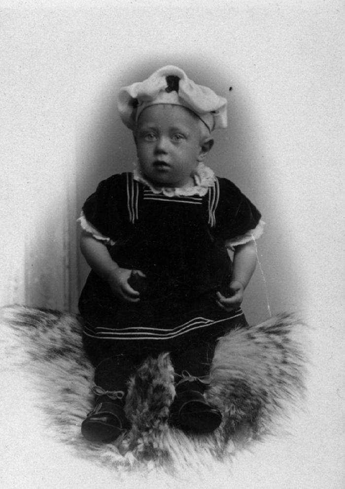 Henry Larsen as a young baby, ca. 1900. Item number: 2005.1023.0001.