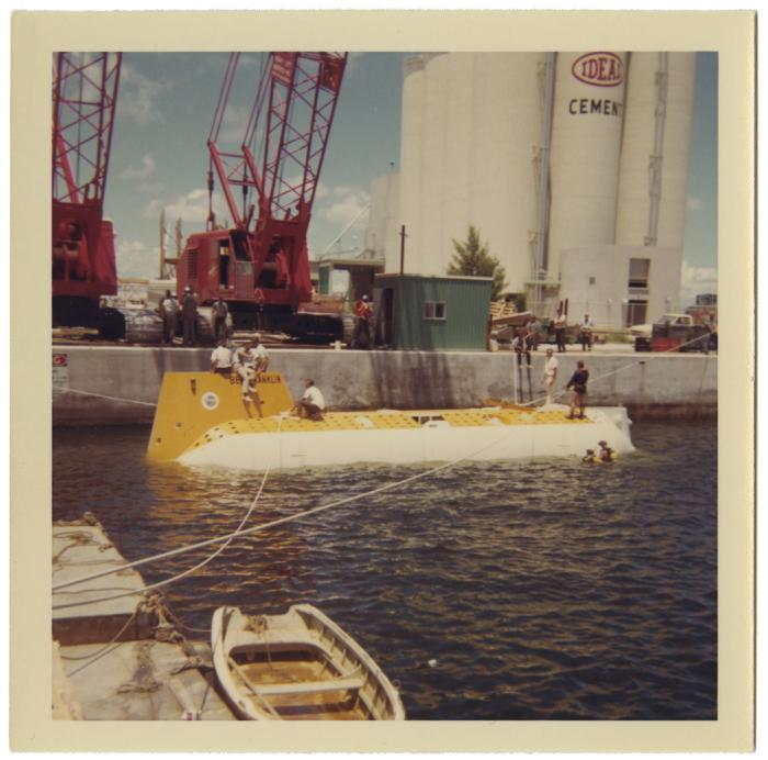 <i>Ben Franklin</i> in the water, August 1963. Item number: LM2017.010.015.