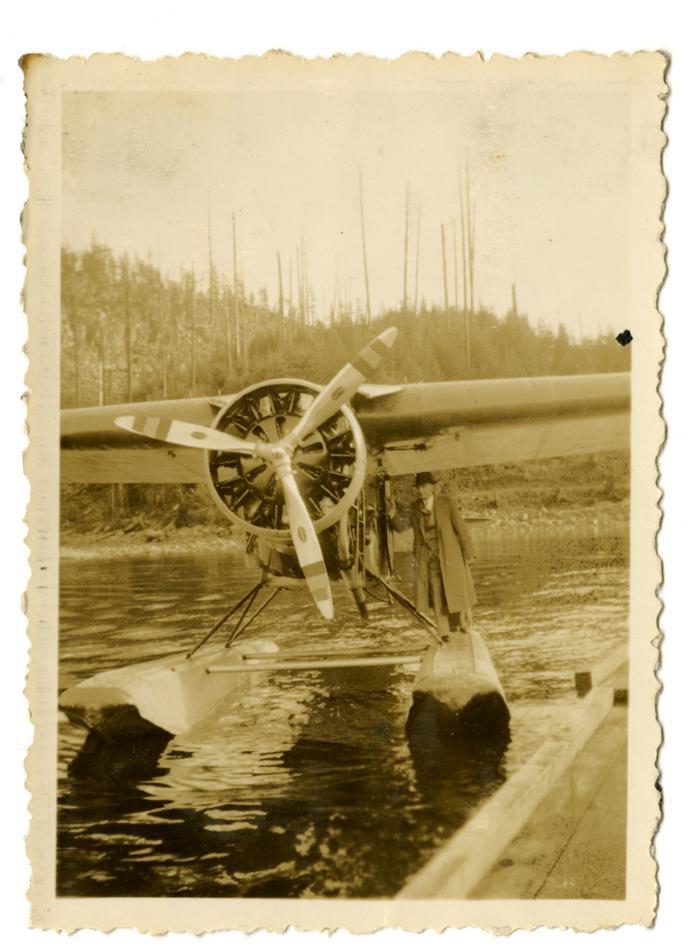 Seaplane at dock, Granite Bay (VMM71.57)