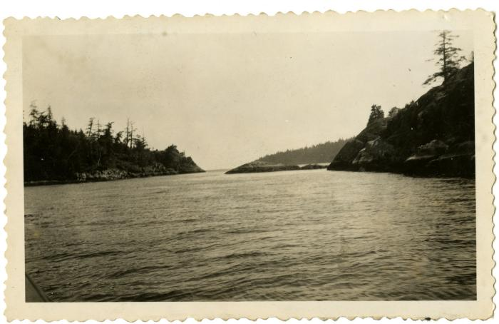 Welcome Pass, between North Thormanby Island and Sechelt (VMM71.45)