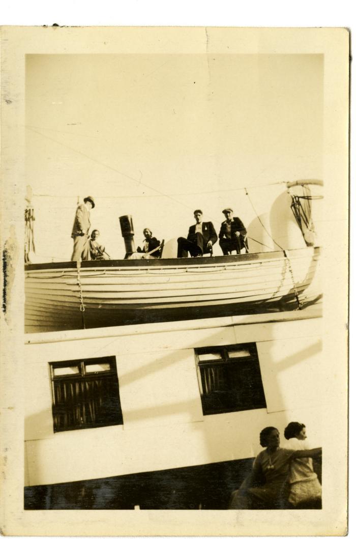 Scene, Union Steamship Lady Alexandra, Canadian White Pine Company picnic, Bowen Island. (VMM71.64)