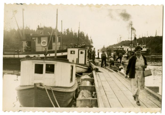 Granite Bay, Union Steamship departing (VMM71.38)